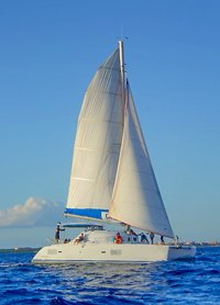 Marine Park Sailing catamaran Tour